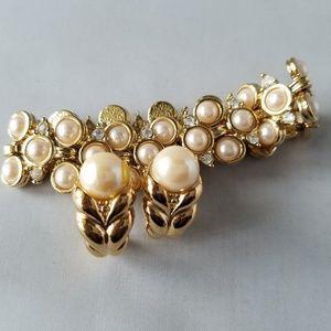 Jewelry - Vintage Gold Tone Faux Pearl Bracelet & Earrings